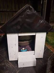 Kennel /Dog house free for a good home Taylors Hill Melton Area Preview