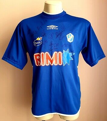 Halmstads 2002 Home football Umbro shirt Autographs of players image