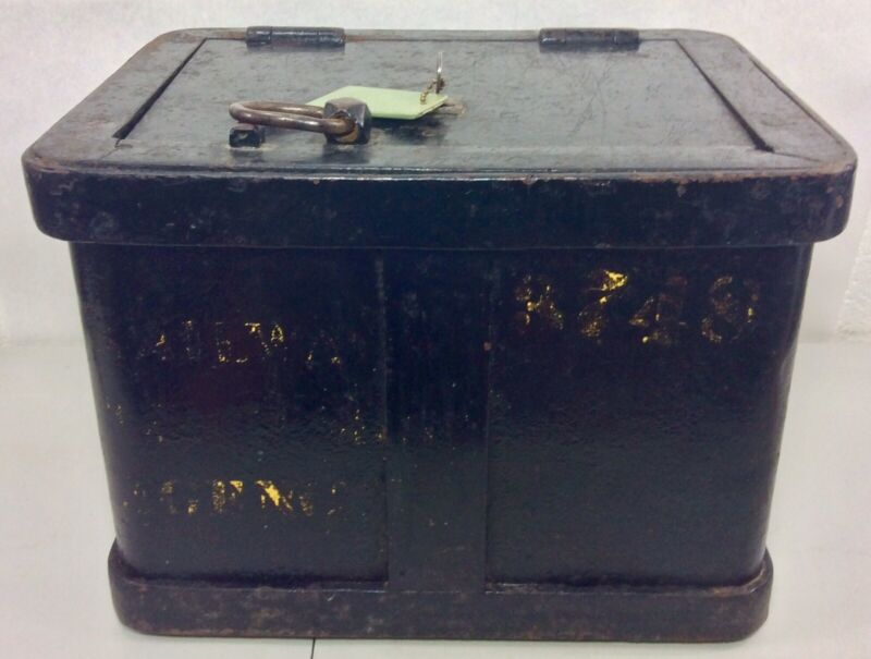 Railway Express Agency Strong Box with Key Railroad Stage Coach Cast Iron