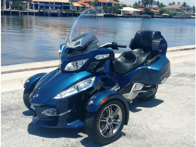 Other Makes Spyder RTS 2010 Can Am Spyder RTS 3-Wheel Motorcycle Garage kept Low miles High Performance