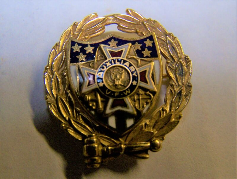 VFW Auxiliary 1/5 10K Pin 1 inch 4.6 Grams Vintage