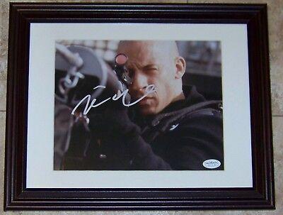 FLASH SALE! Vin Diesel Signed Autographed Framed 8x10 Photo JSA SOA!](Cheap 8x10 Frames)