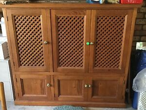 Pine cabinet North Arm Cove Great Lakes Area Preview