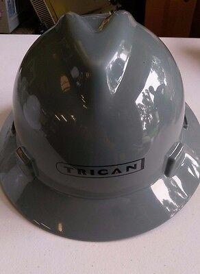 Msa V-gard Full Brim Trican Hard Hat - Fas-trac Suspension - Gray