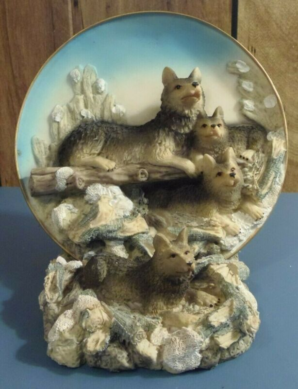 Wolf/Coyote-3D Relief Plate & Stand w/ 4 Wolves/Coyotes on Log and Rocks