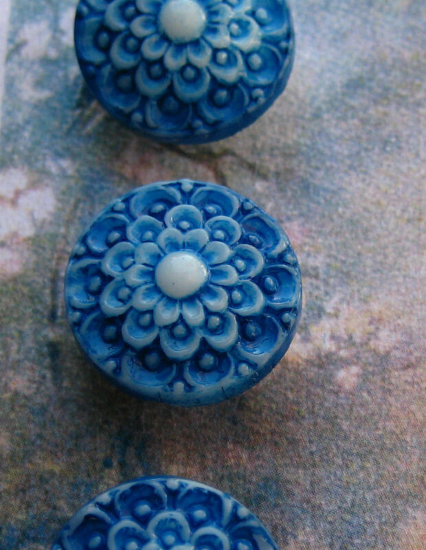 """Set of 4 Vintage 1/2""""Lapis Blue Lace Painted Glass Buttons~Pre WWII~new/old stoc"""
