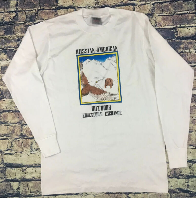 Vintage Russian American 1980s Single Stitch Long Sleeve T Nature Graphic Small
