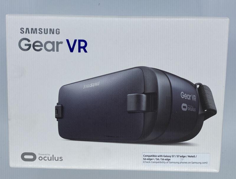 Samsung Gear VR 2 Oculus Virtual Reality Headset SM-R323 New