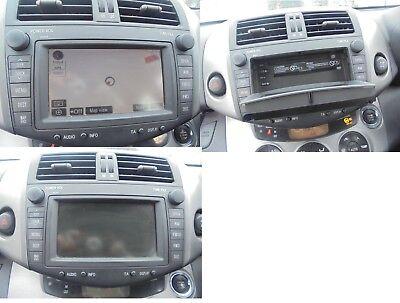 Autoradio NAVI TOYOTA RAV4 III 06-12 Navigationssystem TNS700 ORIGINAL B9004 ()