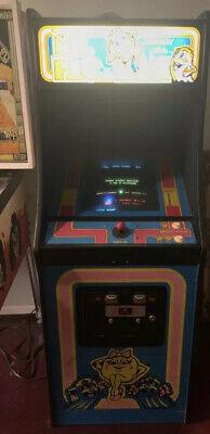 Vintage 1981 Ms pacMan midway Arcade Game Original Cabinet Amazing Picture