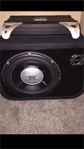^** JBL SUBWOOFER IN BASSWORX BOX AND MATCHING JBL AMP