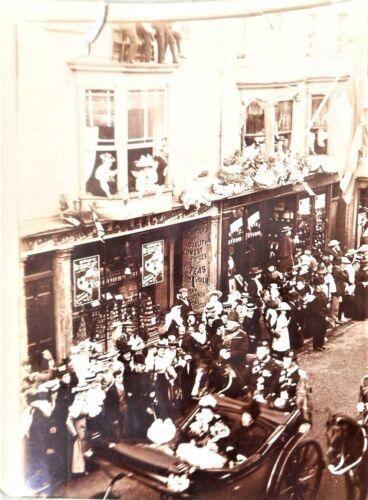 1897 QUEEN VICTORIA DIAMOND JUBILEE ISLE OF WIGHT PHOTO ALBUM STREETS SHIPS