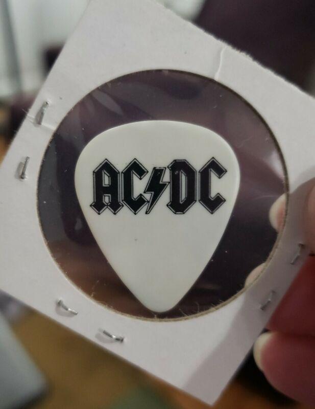 AC/DC 2008 Black Ice concert tour Malcolm Young Guitar Pick