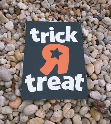 Toys r us Halloween Trick or Treat Metal Sign 9x12 inches New 50169