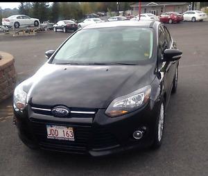 2012 Ford Focus Titanium Sedan **NEW PRICE**