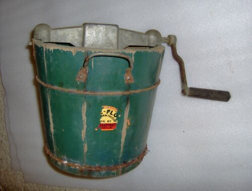 Vintage Ice Cream maker made in Cleveland OH