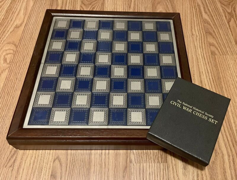 FRANKLIN MINT CIVIL WAR CHESS SET EXCELLENT EARLY EDITION VERY CLEAN ALL CARDS