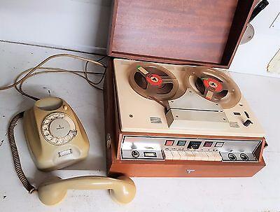 Uralter Anrufbeantworter Krone 62 E von 1962 mit Siemens Telefon