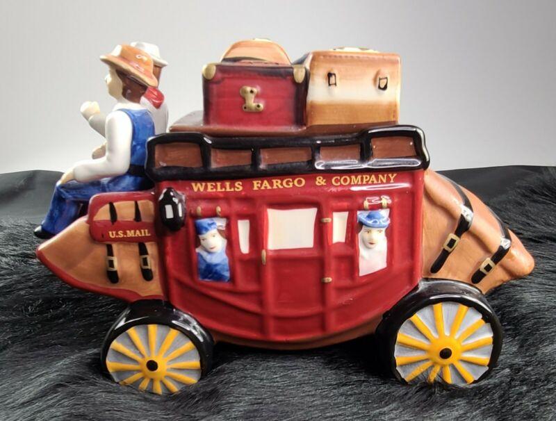 Wells Fargo & Company Stagecoach Wagon Ceramic Cookie Jar  FAST SHIPPING 💨