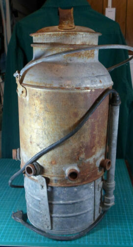 "Vintage ""Pigsaver"" Heater, Tank & Lid. 8 places to water pigs, Norwood Products"