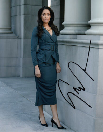 Gina Torres authentic signed Suits 10x8 photo AFTAL & UACC [15999] COA In Person