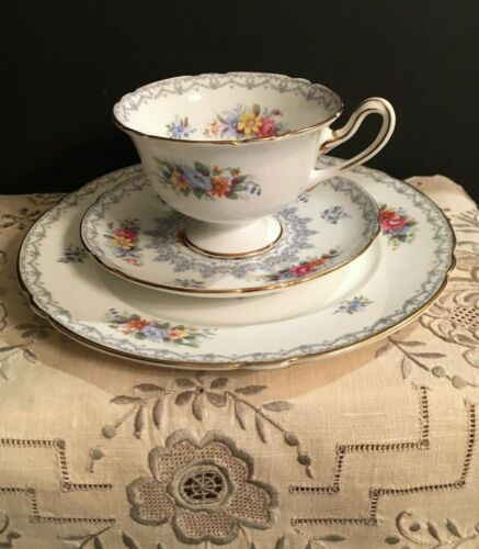 Excellent Vintage Shelley Teacup and Saucer Crochet Trio Set