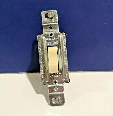 10-pk Leviton Ivory Single Pole Flush Toggle Switch 1230-i 5a-250v 10a-125v New
