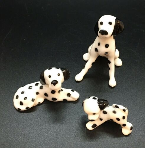 """3 Tiny Miniature Porcelain Dalmations 1"""" - 2"""" Tall Crisp Black & White Dogs Pups"""