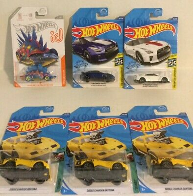 Error Dodge: 2020 Hot wheels super treasure hunt 17 Nissan Gt-r (R35) 50th ann.