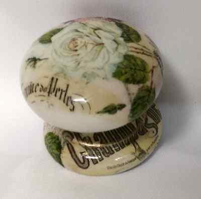 STUNNING GARDEN CREAM ROSE &FRENCH EPHEMERA CABINET CUPBOARD KNOB DRAWER PULL ()