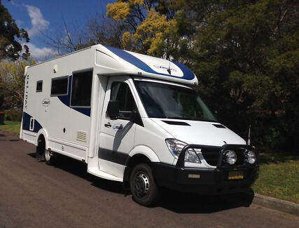 Motorhome Mercedes 2011 Sunliner Holiday G32 Glenhaven The Hills District Preview