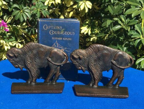 vintage Buffalo bookends by Verona, bronze over cast iron, western, circa 1925