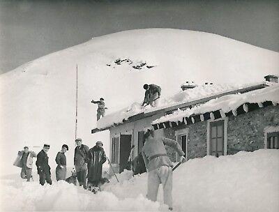 Poste du Fréjus c.1935 -Chasseurs Alpins Déneigement des Toits Savoie- Div 12795