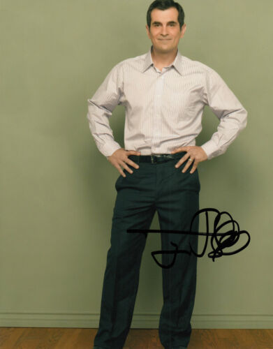 Ty Burrell Modern Family authentic signed 10x8 photo AFTAL & UACC [15743] + COA