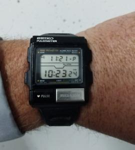 working VERY RARE Seiko Pulsemeter from Aliens Marine $500