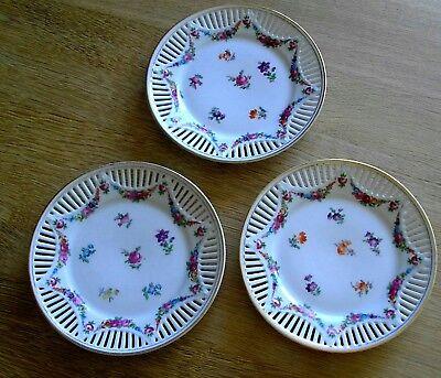 Drei sehr schöne alte Durchbruchteller Teller - Blumen Motive - Top Zustand