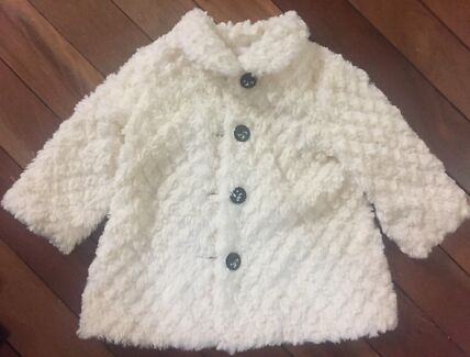Origami cream lined little girl's coat- size 1 great condition