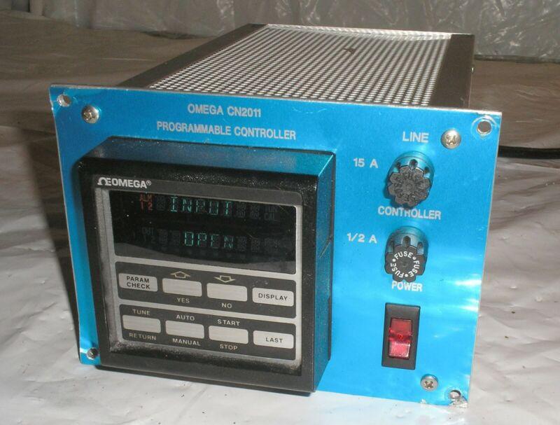 Omega CN2011 Programmable Controller