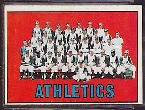 1967 TOPPS BASEBALL CARD #262 KANSAS CITY ATHLETICS TEAM CARD EX