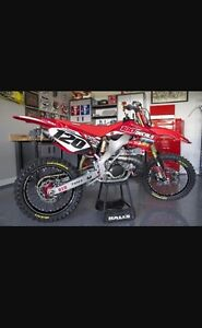 Looking for 05-07 Cr 250r