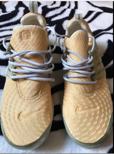 e3eff6b4198e98 Nike Air Presto Sneaker size S Yellow Women s