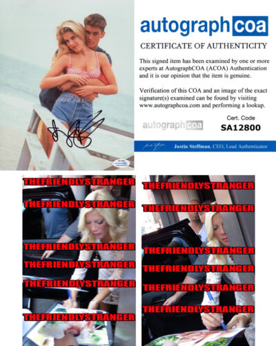 "TORI SPELLING signed Autographed ""BEVERLY HILLS 90210"" 8X10 PHOTO a PROOF - ACOA"