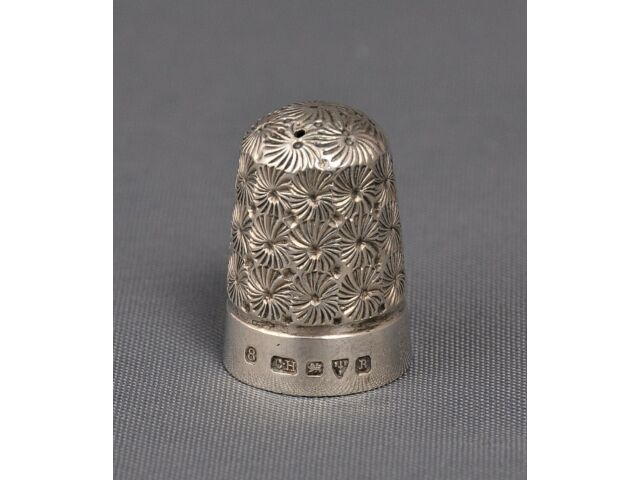 Antique Solid Sterling Silver Thimble, Charles Horner Chester 1900
