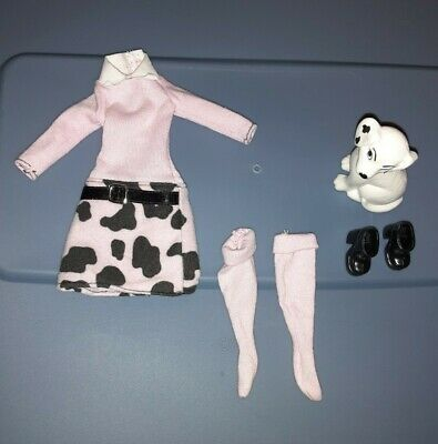 Barbie Spot Scene Clothing And Dog