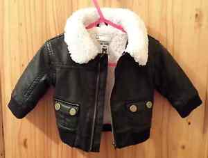Boys size 000 leather style jacket Tarneit Wyndham Area Preview