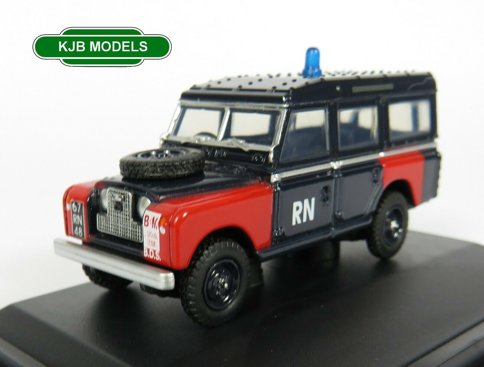 BNIB OO GAUGE OXFORD 1:76 76LAN2021 Land Rover Series II LWB Station Wagon Royal