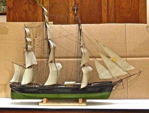 ANTIQUE CLIPPER SHIP  MODEL WITH EXCELLENT DETAIL