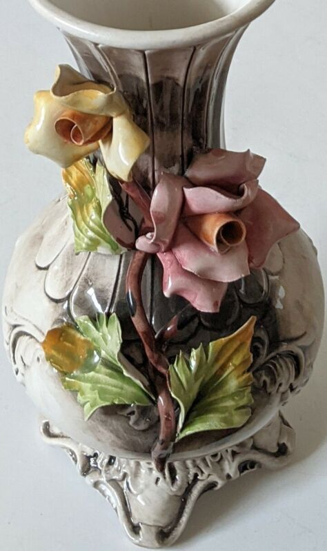 """Stately 11"""" Capodimonte Vase Roses Made in Italy Marked 6"""" Wide"""
