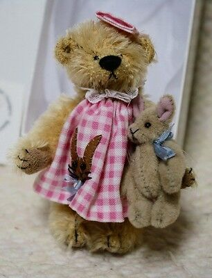 Deb Canham 2003 MARGARET ROSE bear and mouse - NRFB