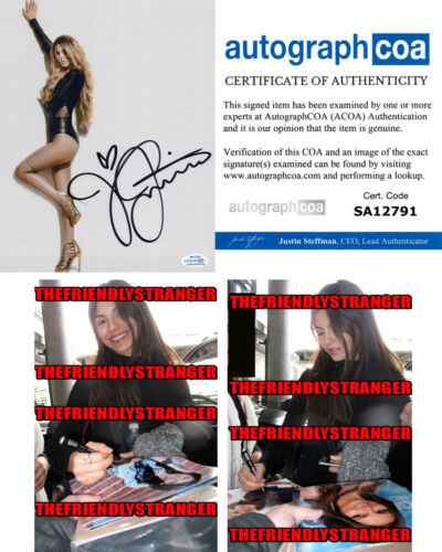 VICTORIA JUSTICE signed Autographed 8X10 PHOTO - PROOF Victorious SEXY Hot ACOA